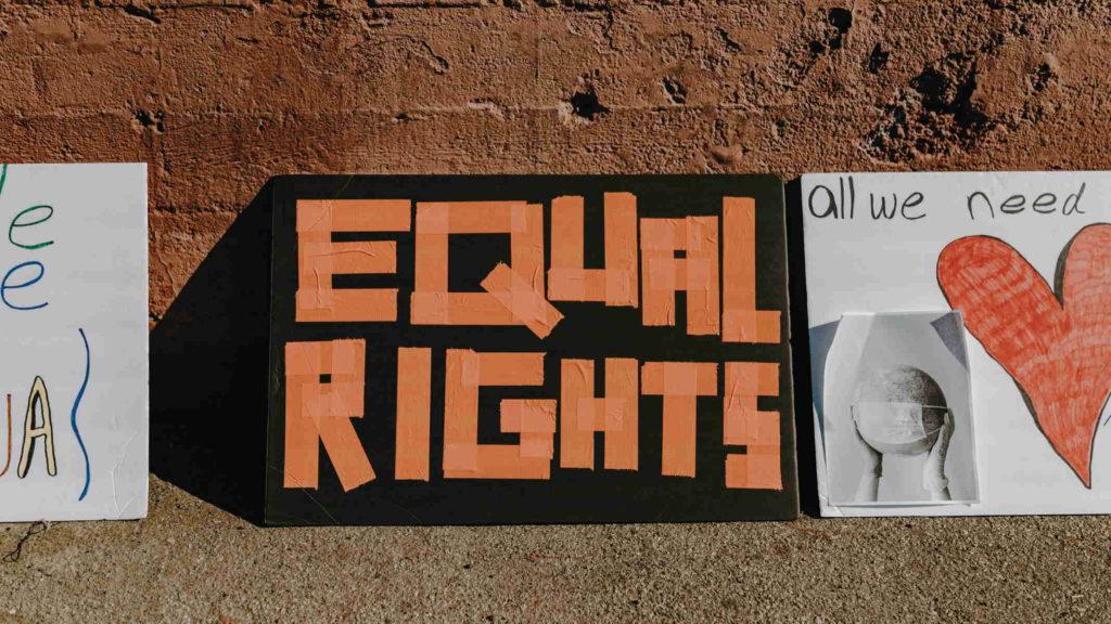 Плакат равные права