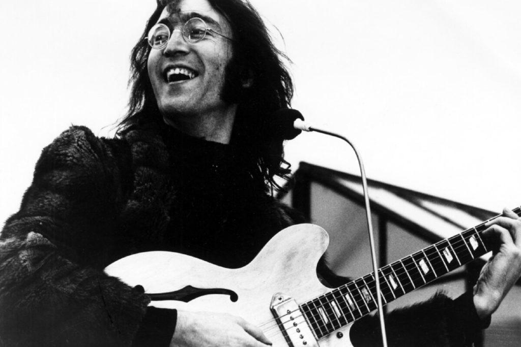 Джон леннон черно белая фотография